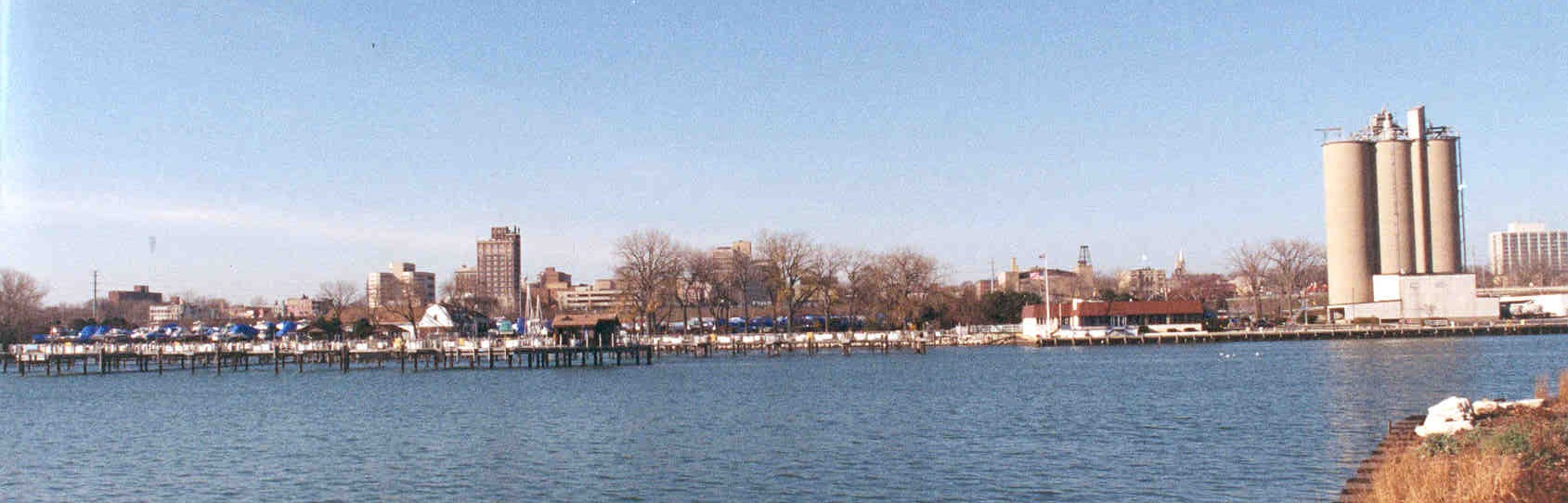 Waukegan Harbor Citizens' Advisory Group (Waukegan Harbor CAG)